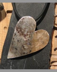 Hjerte i gummisnor IS